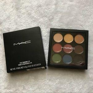 MAC Cosmetics Light Festival Palette